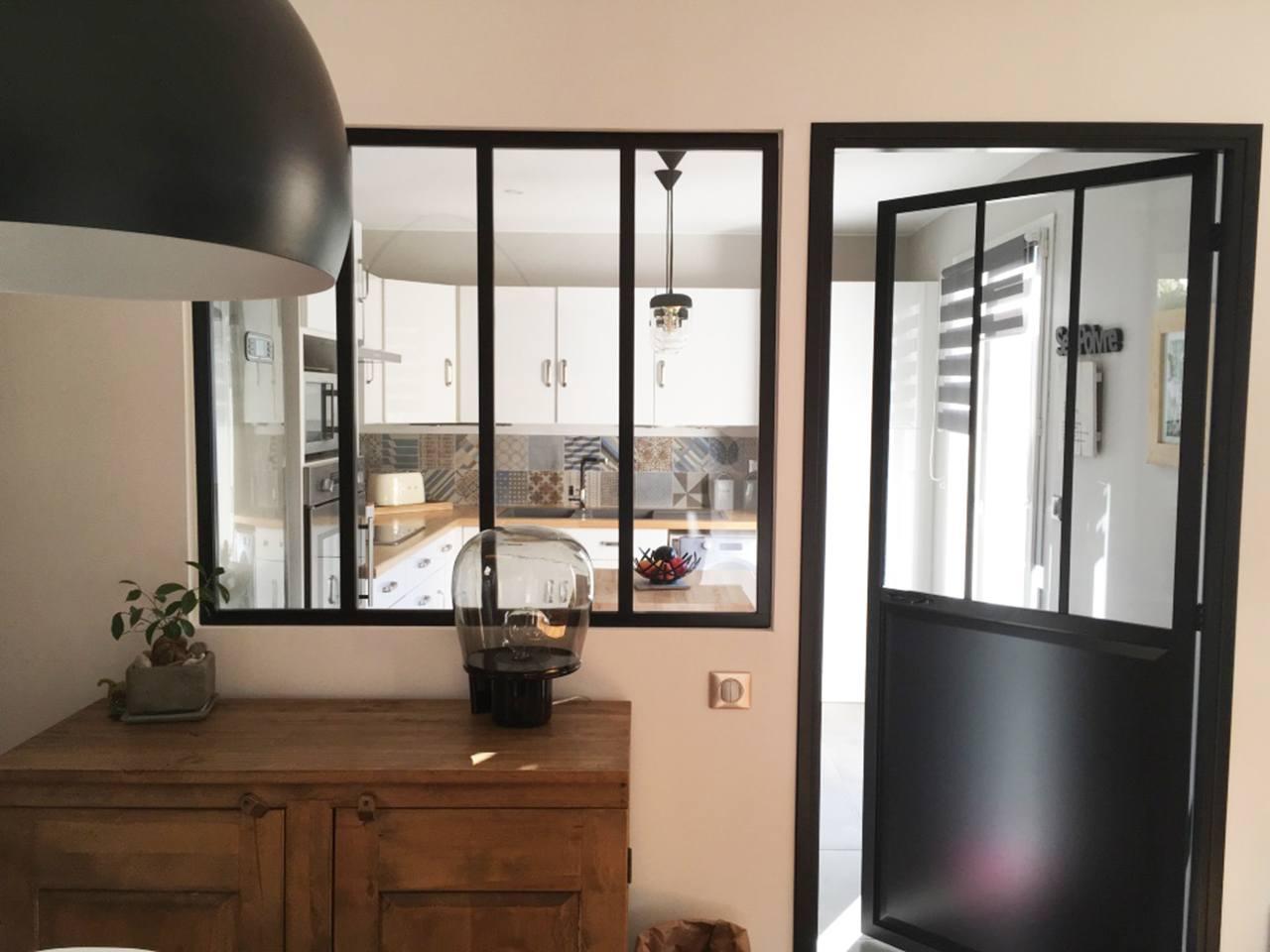 Verri re atelier cuisine p gomas smaltdesign for Verriere entre cuisine et salle a manger